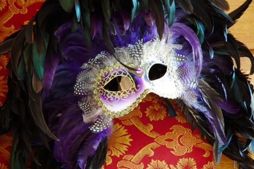 20160202-Dimarts-Imatge_Venetian_Carnival_Mask_gnuckx_CC2.0_Attribution-Text_Dimarts_de_Carnaval_Teresa_Saborit