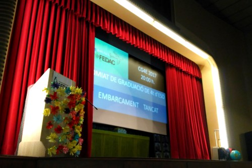 20170618-Es_hora_d_enlairar_vos-Txarango-Graduacio_escola_alumnes_quart_ESO-Col-legi_Pare_Coll-FEDAC_Vic